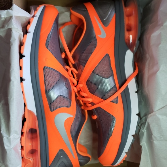 check out 93ef6 2fb16 Nike Air Max Accelerate